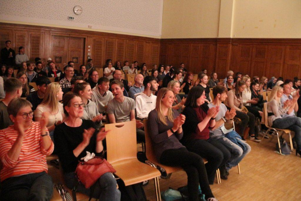 Beeindrucktes Publikum